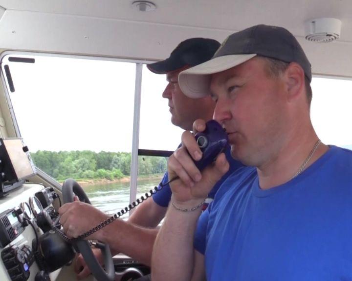 Кировские спасатели провели экспедиционный рейд по реке Вятке