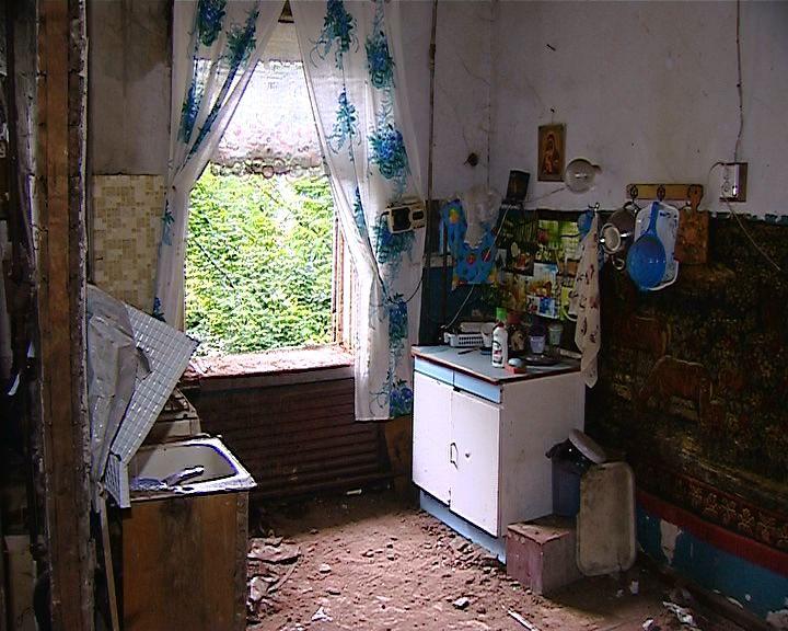 В Нововятском районе на улице Октябрьской, 22 обрушилась печь