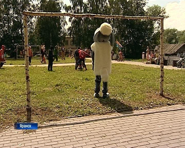 В Яранске провели сказочный футбол