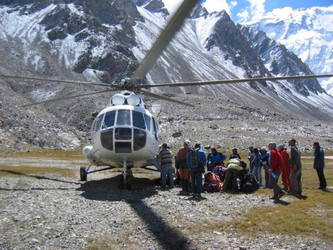 Обнародован список россиян, находившихся в вертолете, разбившемся в Таджикистане.