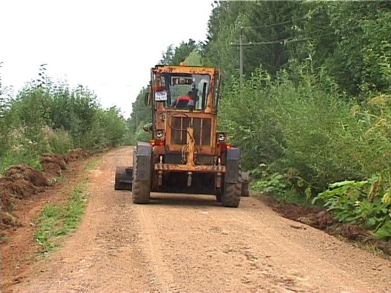 В Кирове отремонтируют 10 грунтовых дорог