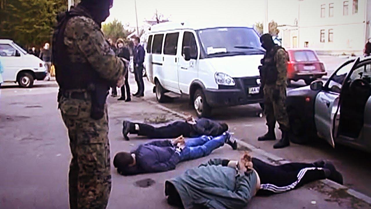 Бойцы кировского СОБРа помогли задержать группу вооруженных грабителей.