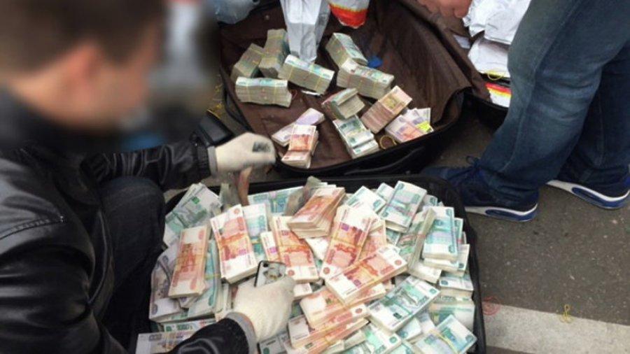 В Кирове будут судить 33-летнего организатора мошеннического инвестфонда.