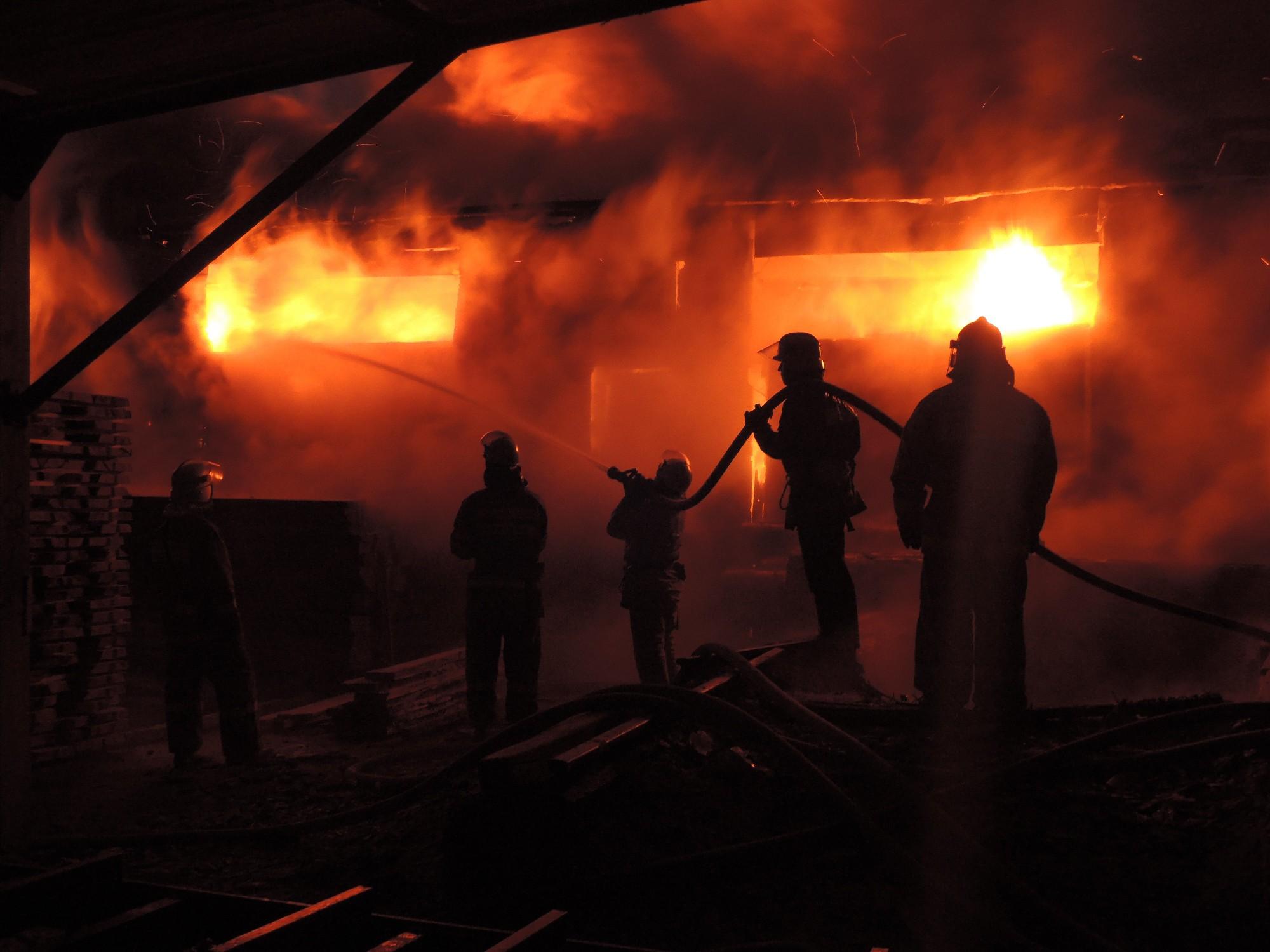 В Кирово-Чепецком районе сгорела пилорама.