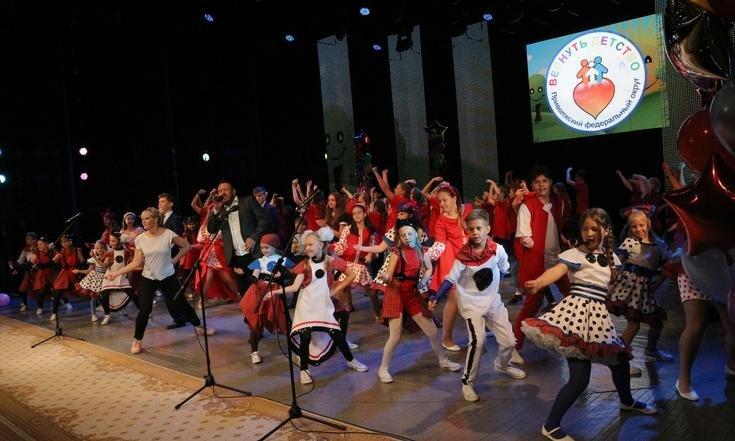 Кировчане принимают участие в окружном фестивале