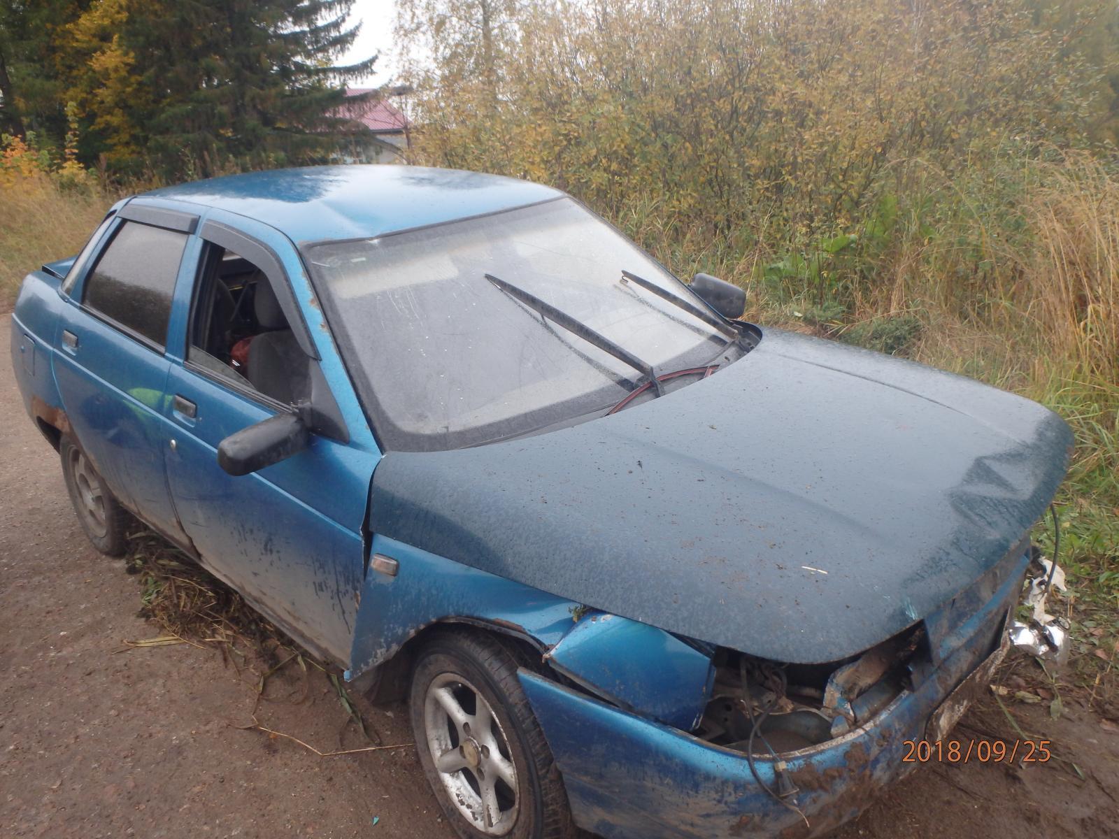 В селе Бурмакино в кювет вылетел ВАЗ-2110.