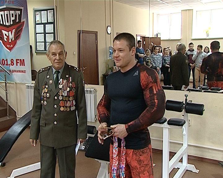 Кировский полицейский стал победителем Чемпионата мира по пауэрлифтингу и силовым видам спорта
