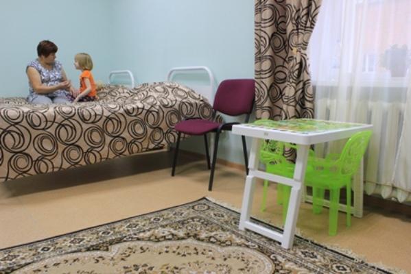 В Кирово-Чепецком реабилитационном центре открылась комната для совместного пребывания матери и ребенка.