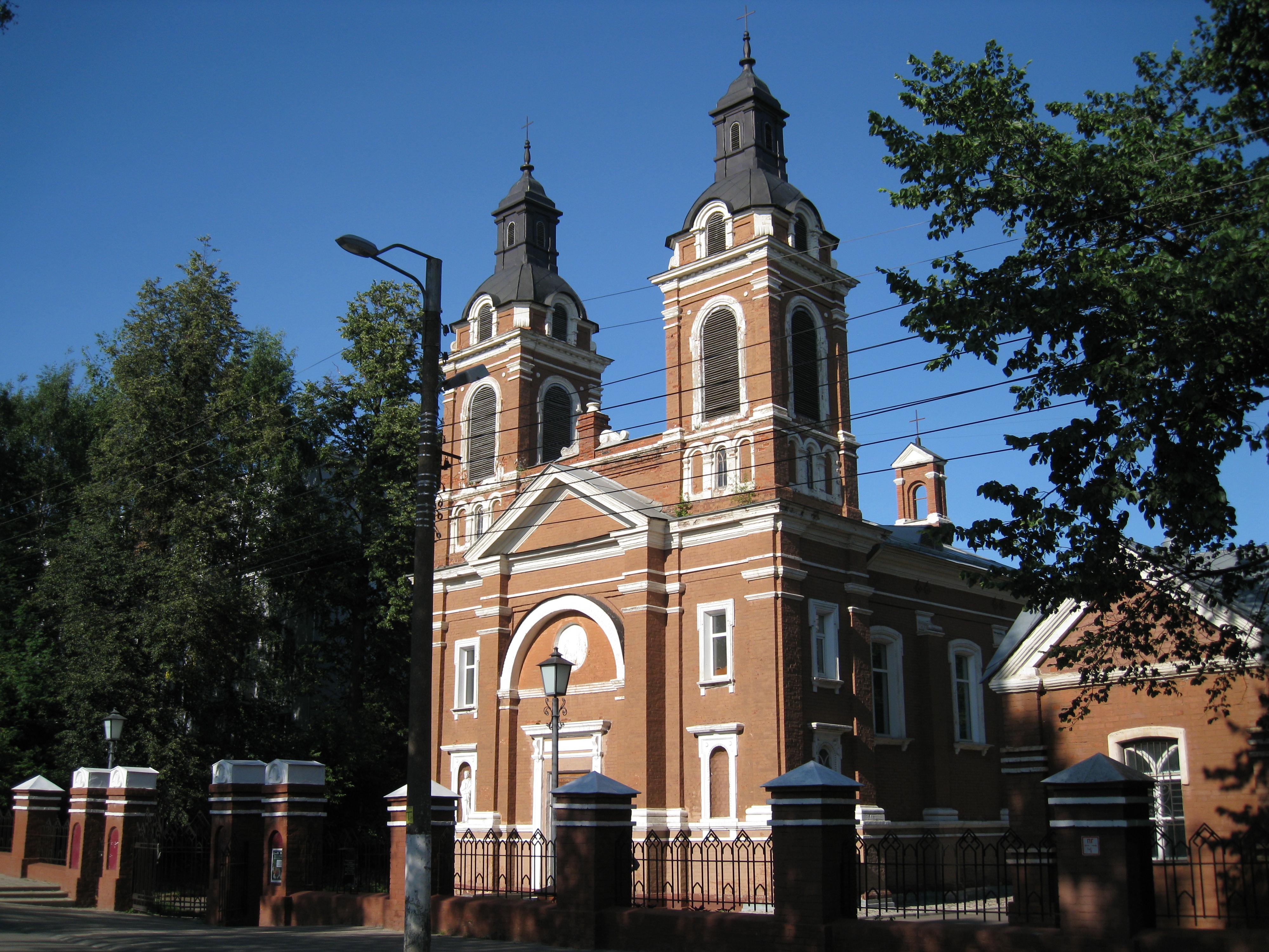 В Кирове Арбитражный суд вынес решение по делу о передаче Александровского костела.
