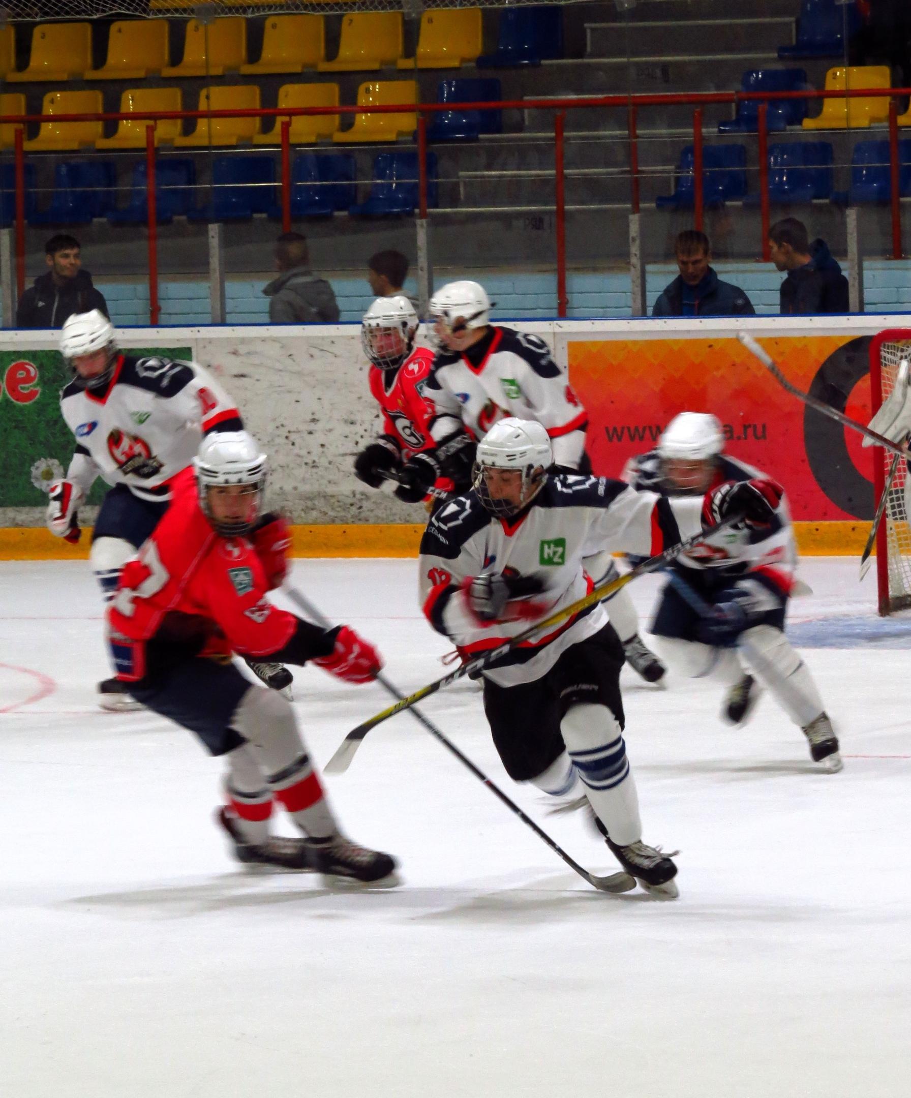 Кирово-чепецкая «Олимпия» укрепила своё турнирное положение.
