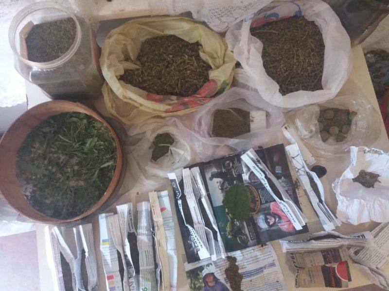 17-летнего кировчанина приговорили к 6 годам колонии за торговлю наркотиками.