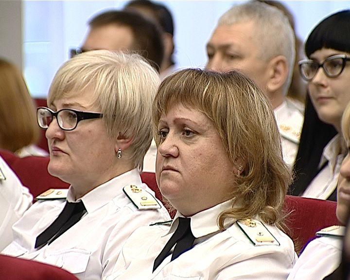 Судебные приставы Кировской области отметили профессиональный праздник