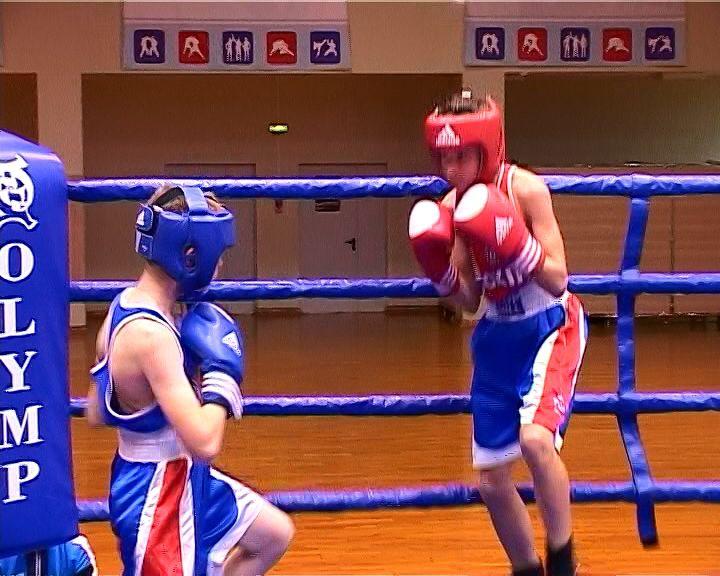 Во Дворце Единоборств прошел турнир по боксу памяти Льва Троцюка