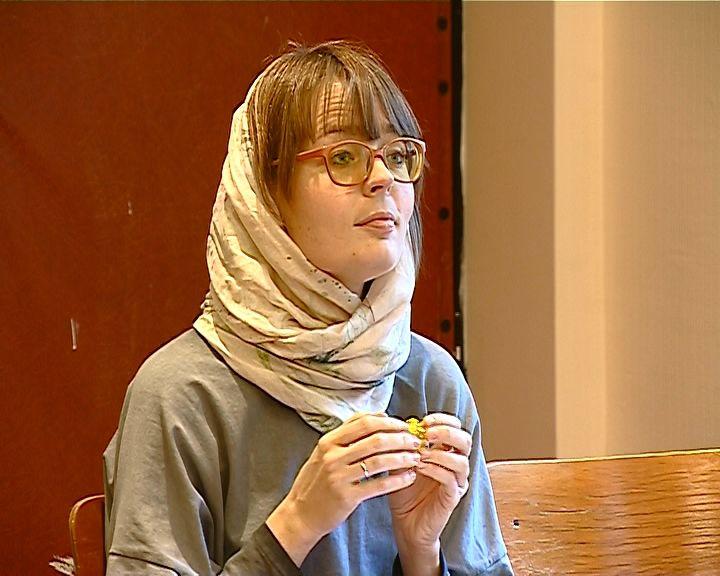 В центре слабослышащих граждан прошел экзамен по жестовому языку