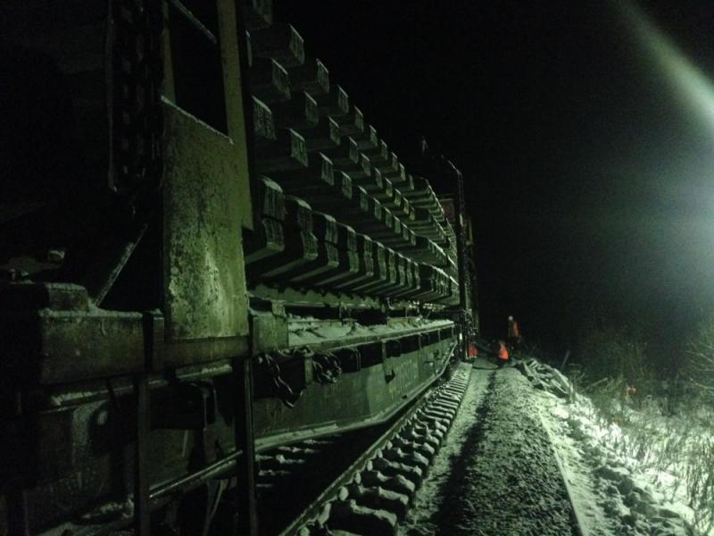 В Подосиновском районе восстановлено движение поездов.
