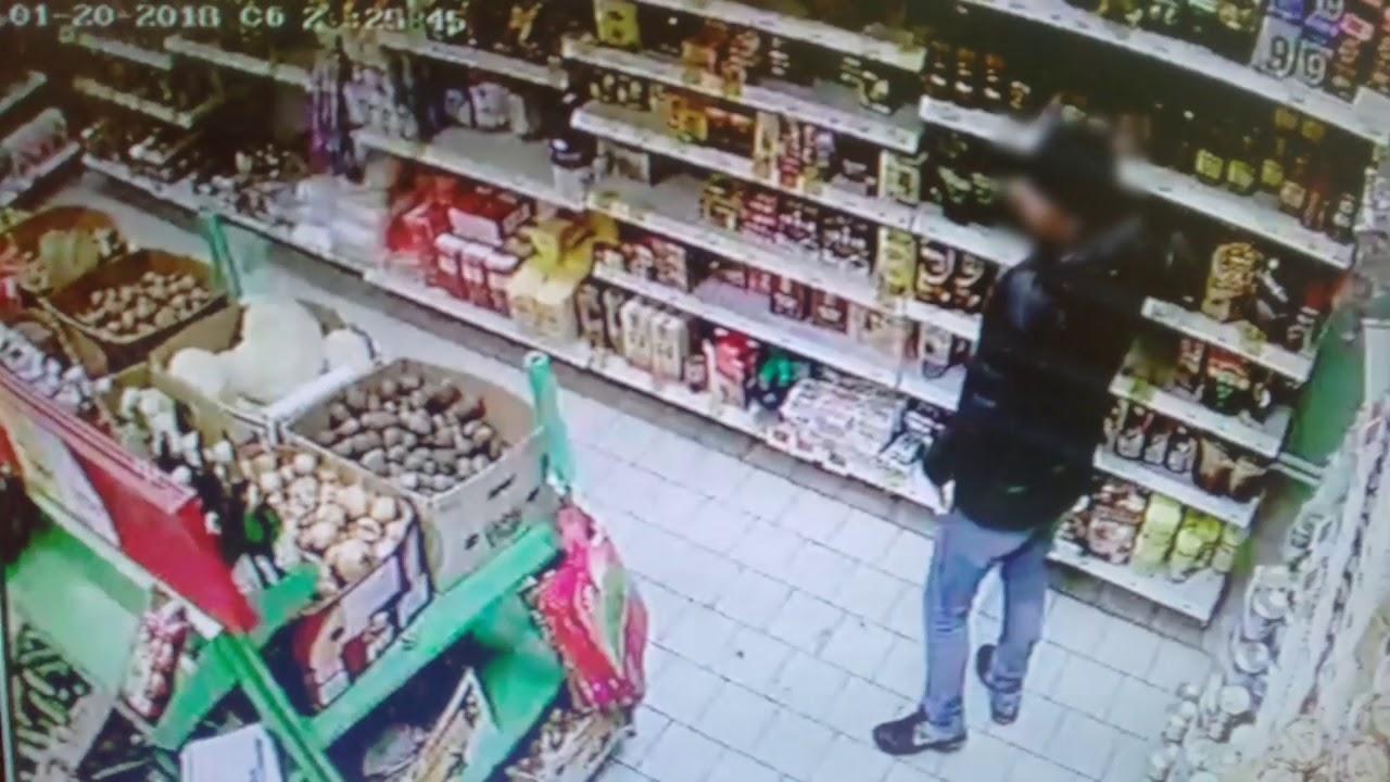 В Кировской области сотрудники Росгвардии задержали подозреваемых в неоднократных кражах из магазинов.