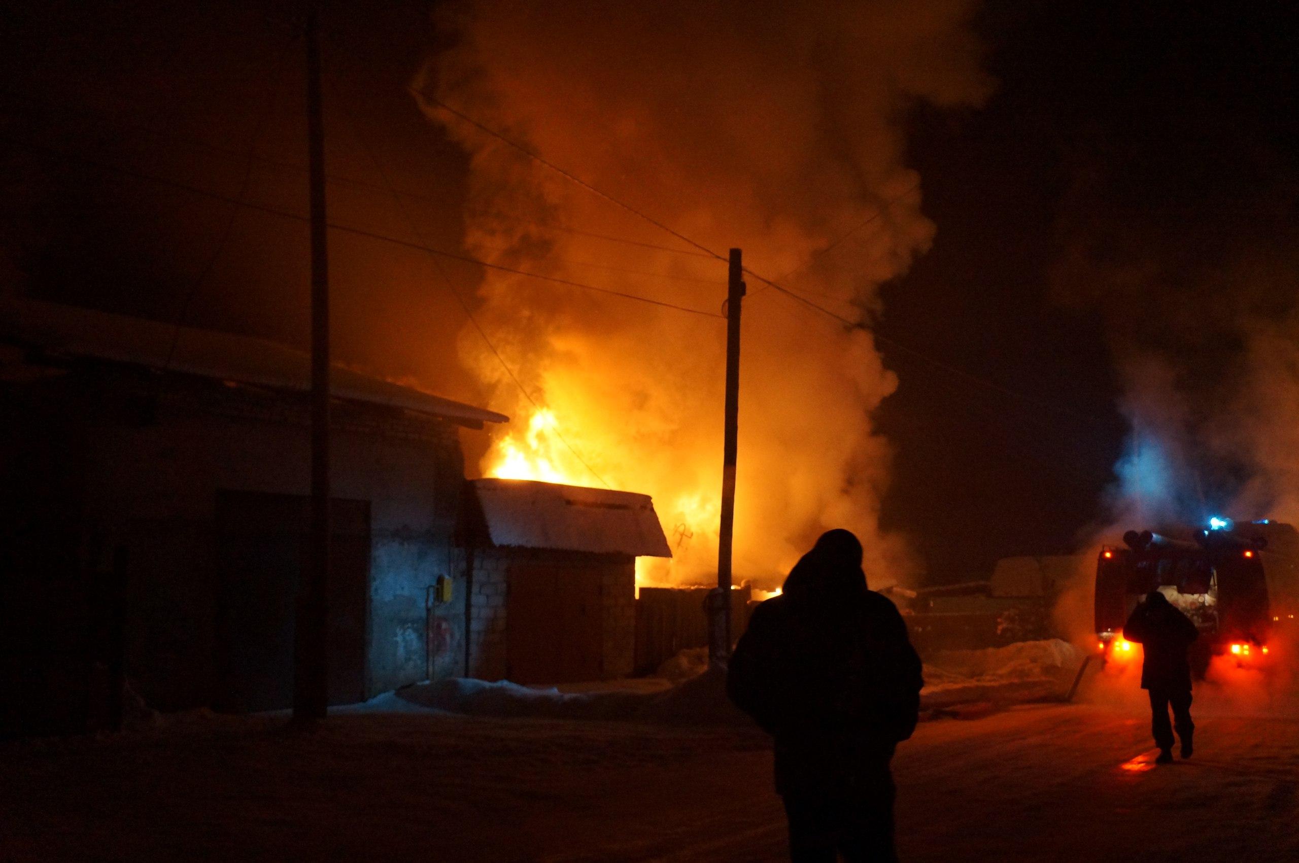 За сутки в Кировской области сгорели два частных дома.