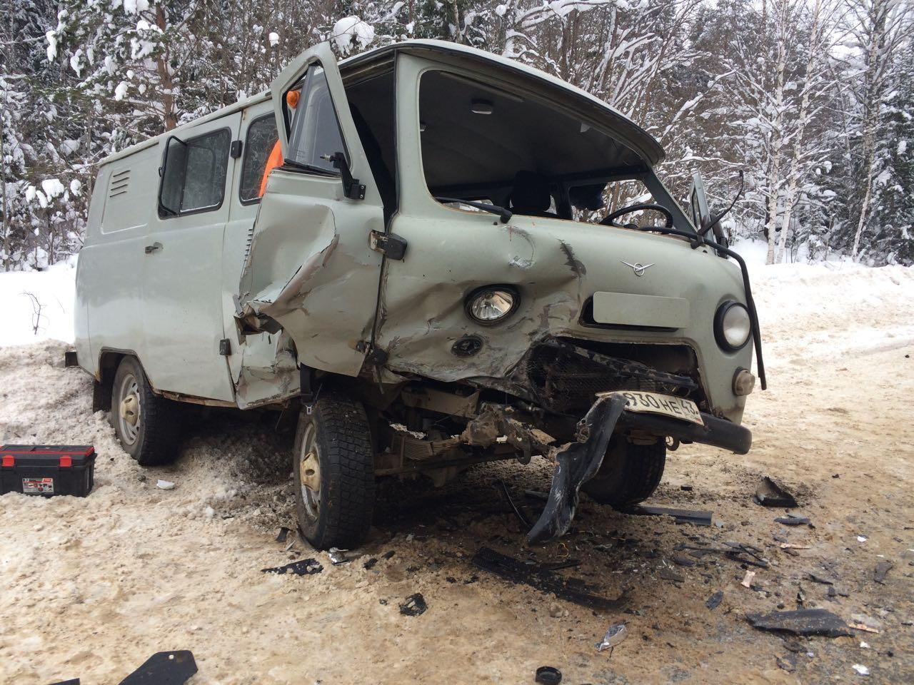 В Верхошижемском районе УАЗ столкнулся с «Шевроле Нива»: пострадали 4 человека.