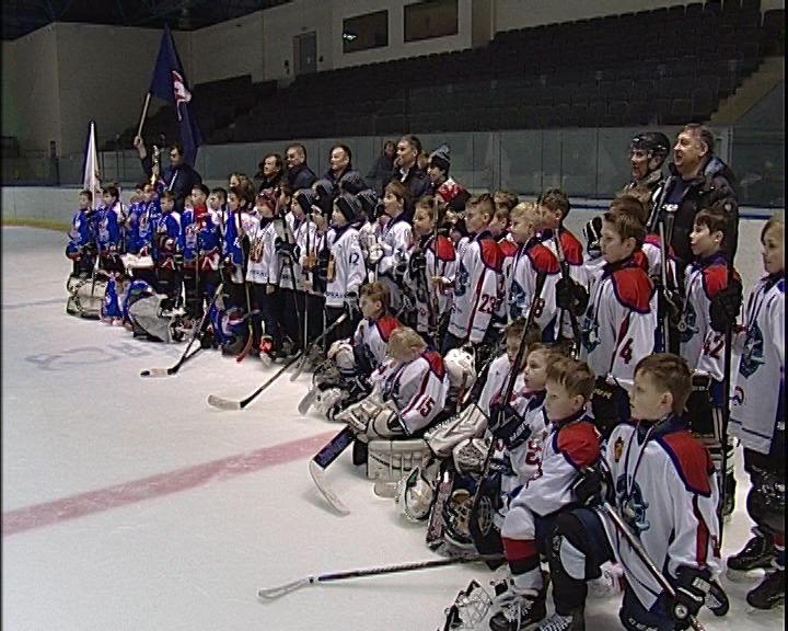 В Кирово-Чепецке наградили участников Всероссийских соревнований «Золотая шайба»