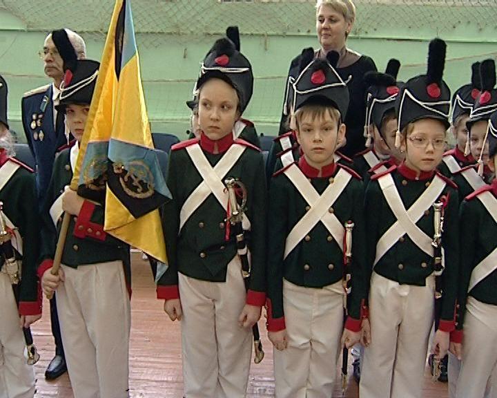 В Кирове прошел парад исторических войск