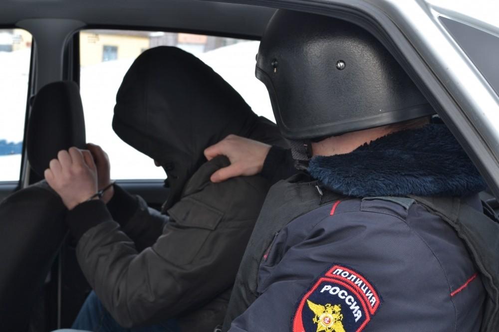В Малмыжском районе поймали двух воров, 9 раз обокравших одно сельхозпредприятие.