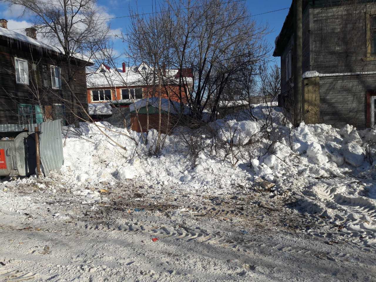 Свалку на улице Зимней убрали спустя три месяца после жалоб местных жителей.