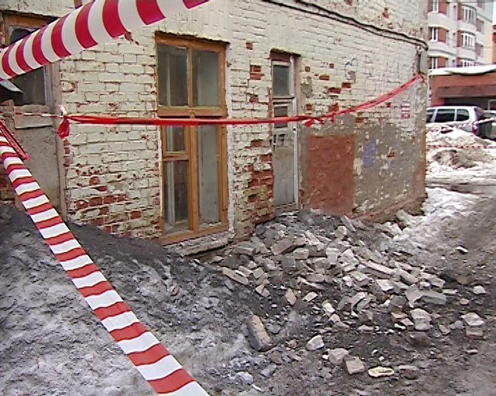 Продолжение истории с падением кирпичей с дома на Орловской 7
