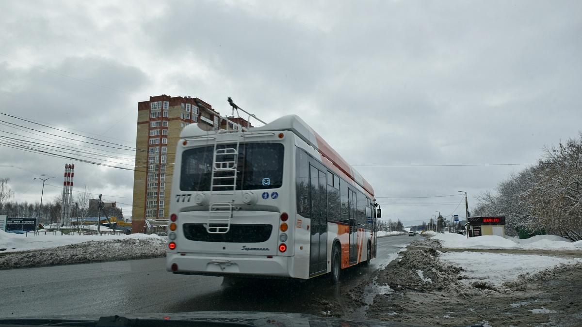 В Кирове провели тестирование троллейбуса на автономном ходу.