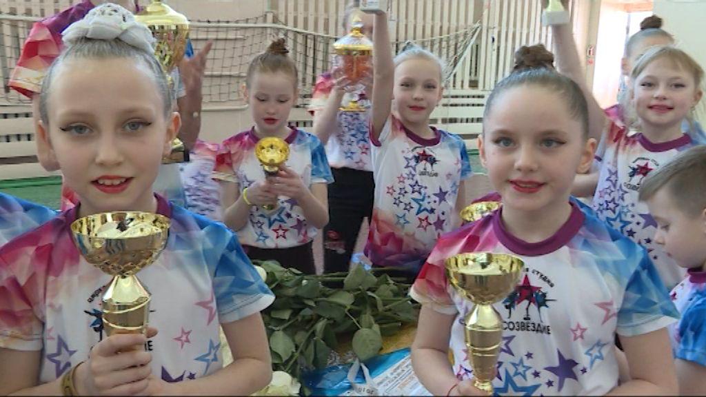 Цирковая студия из Костино с успехом выступила в Петербурге на чемпионате по современным танцевальным дисциплинам