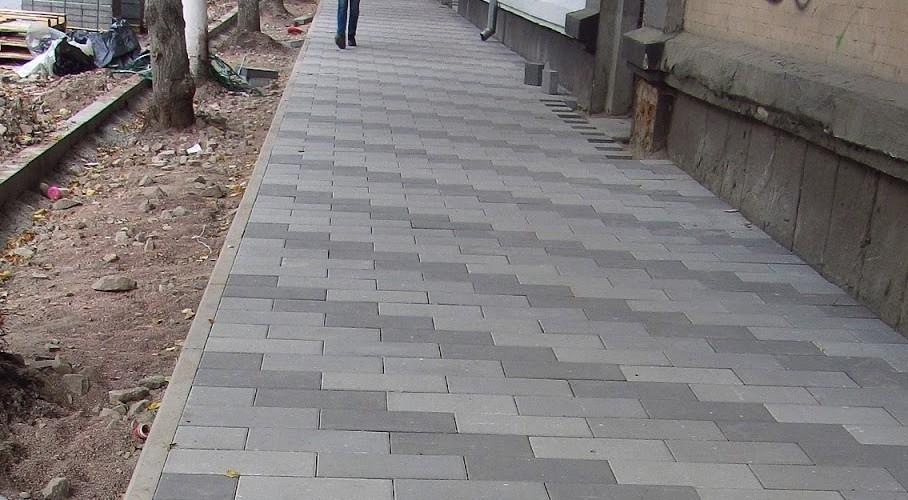 В Кирове отремонтируют 45 участков тротуаров (СПИСОК).
