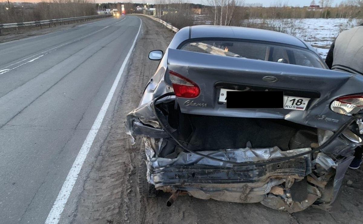 В Котельничском районе нетрезвый водитель иномарки протаранил