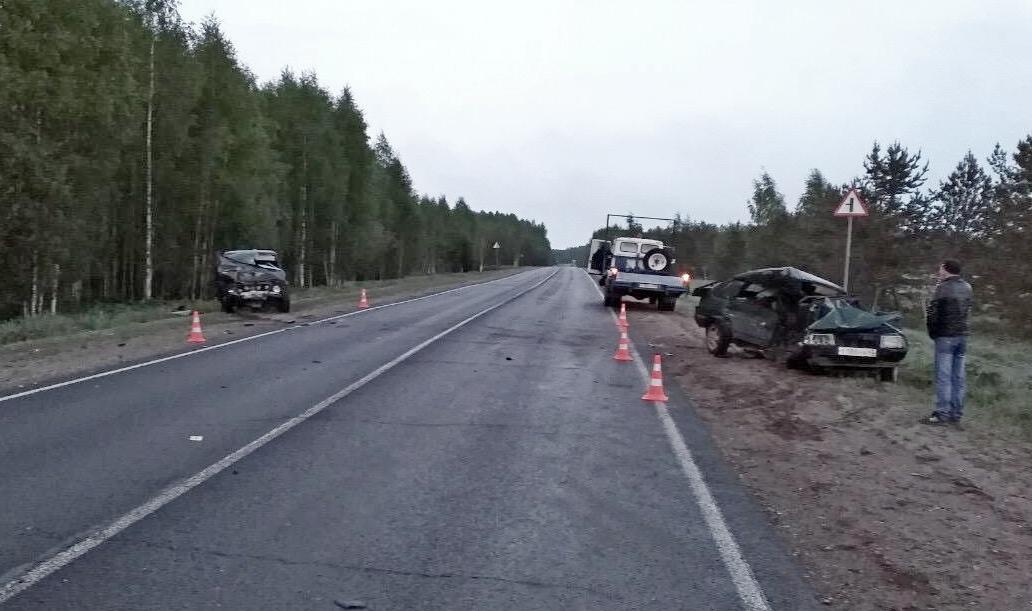 В Верхошижемском районе столкнулись два ВАЗа.