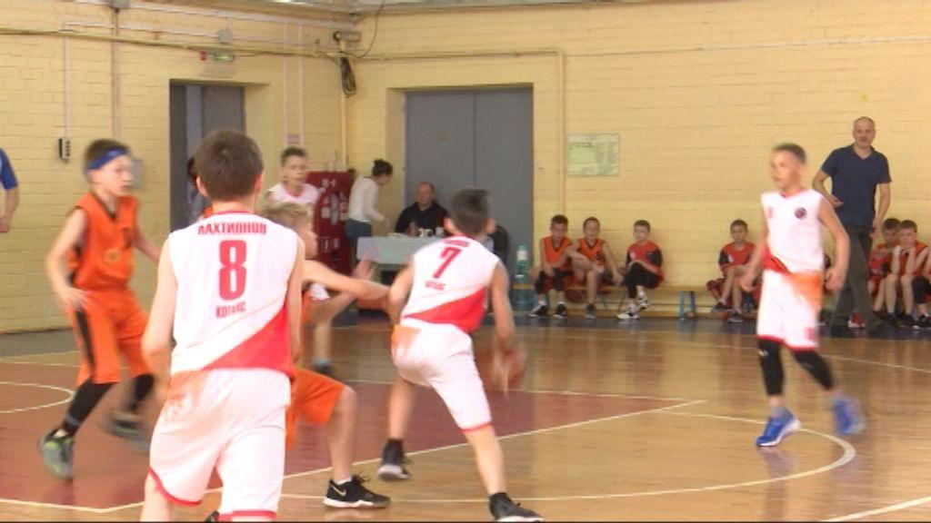 В Кирове состоялся межрегиональный турнир по баскетболу