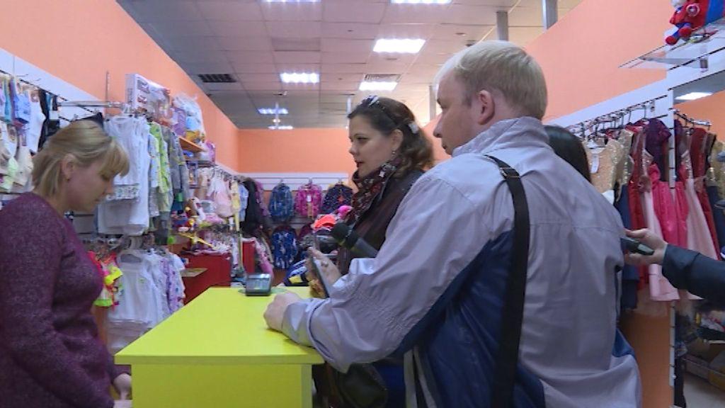 Налоговые инспекторы провели рейд в торговых центрах Кирова