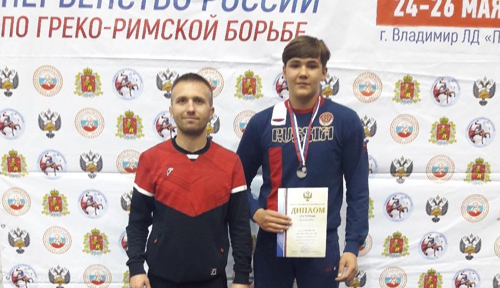 Кировский борец греко-римского стиля стал призёром первенства России.