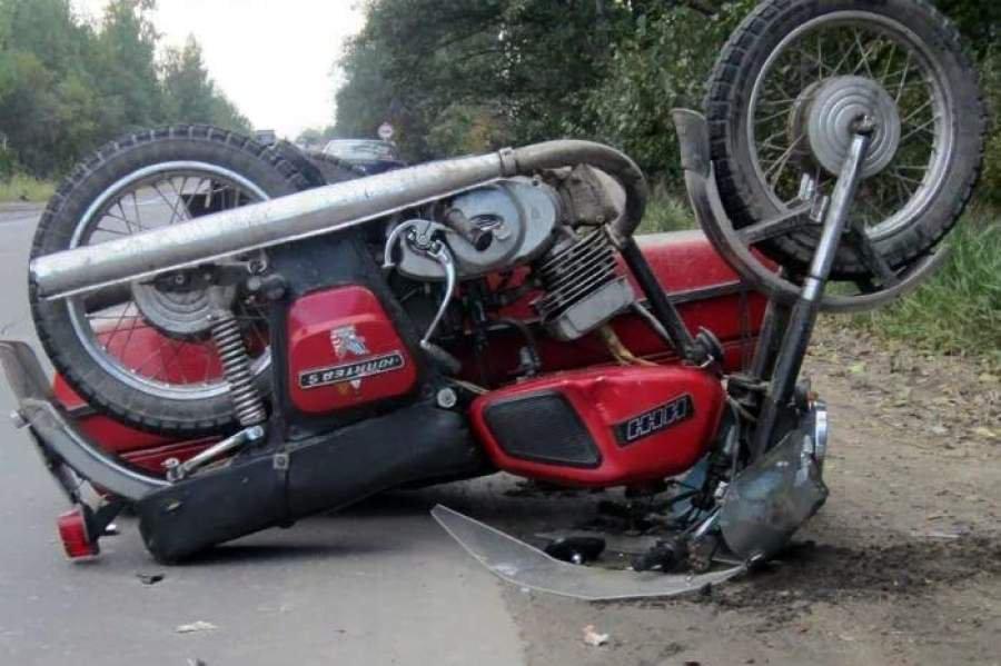 В Орловском районе разбился водитель мотоцикла.