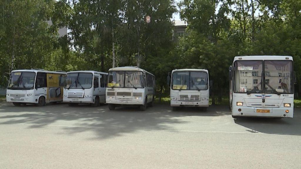 В Кирове проверили автобусы, загрязняющие воздух сверх нормы