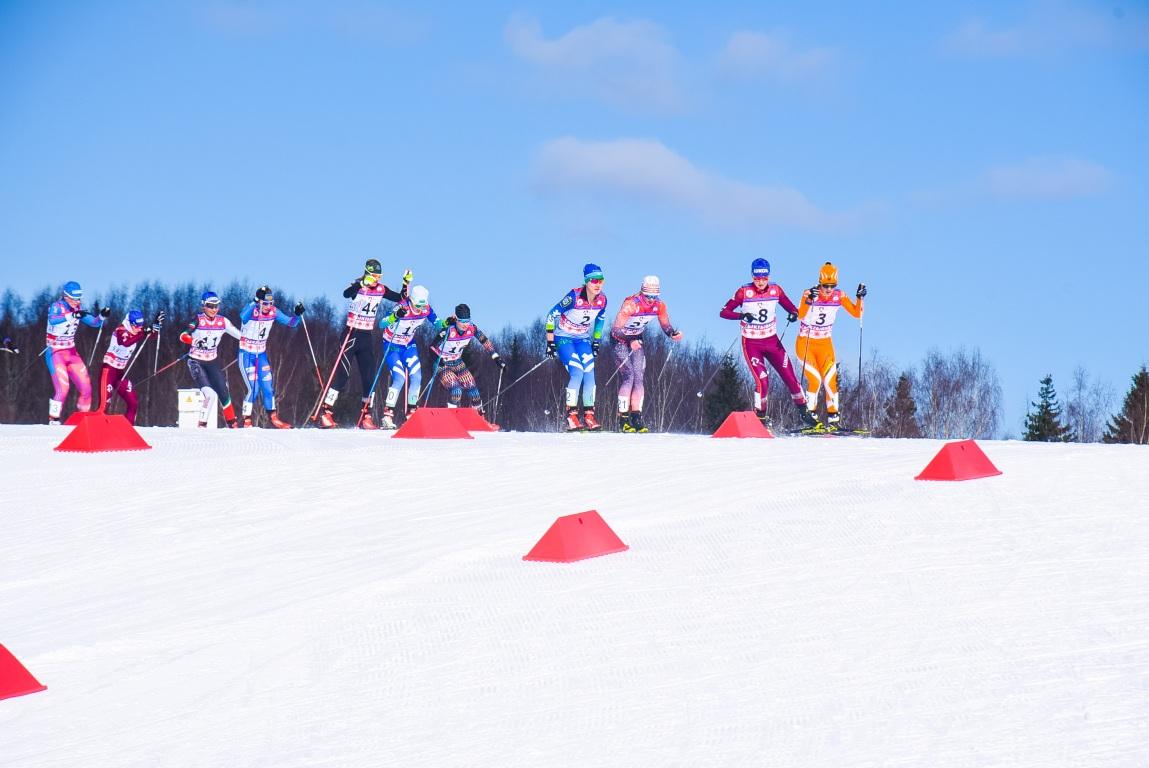 Кировские лыжницы вошли в десятку сильнейших на всероссийских стартах.