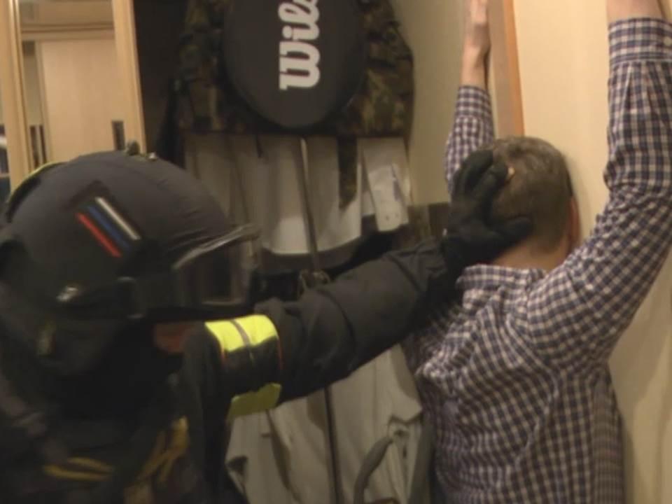 В Кировской области задержали мошенников, подозреваемых в многомиллионных аферах (ВИДЕО).