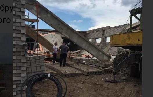 В Кировской области обрушилась стена строящегося здания: погибли 3 человека.