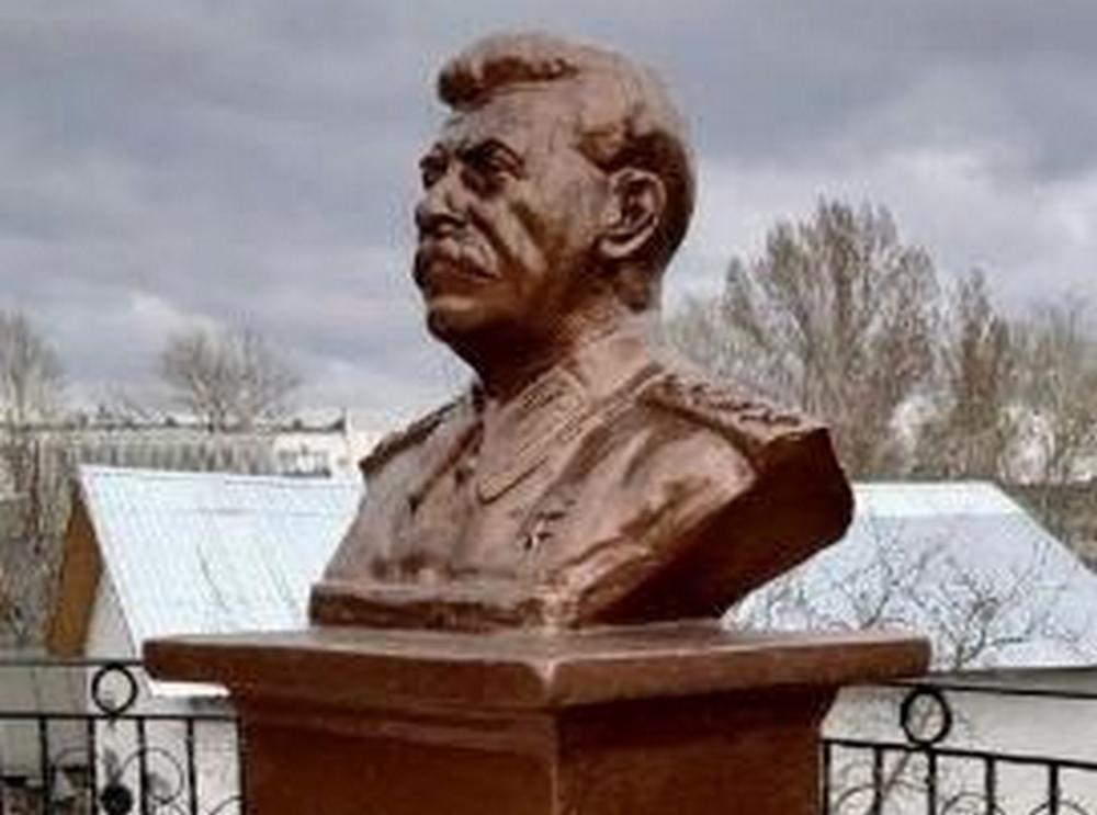 В Яранске предложили установить памятник Иосифу Сталину