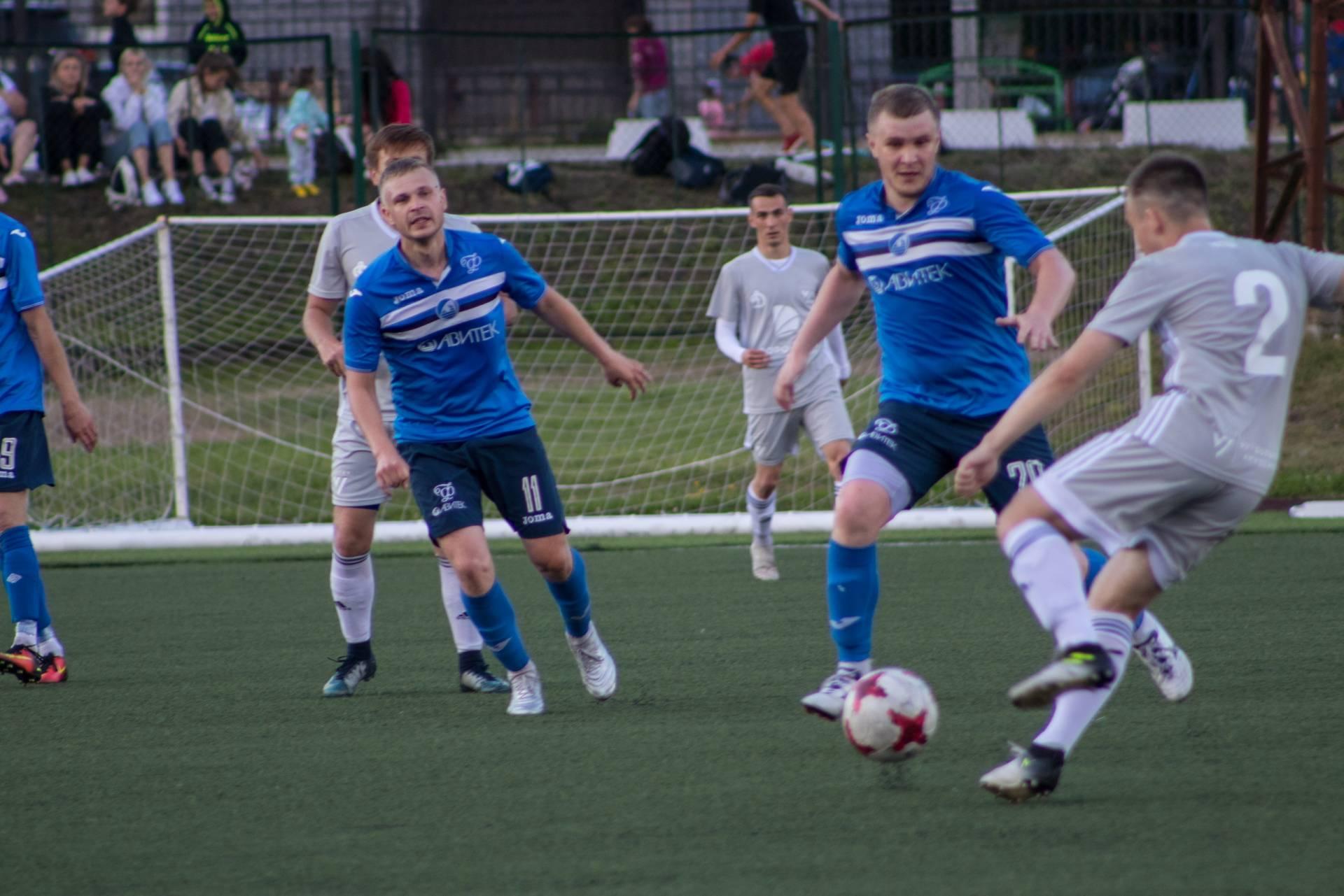 Футболисты кировского «Факела» откроют сезон тремя выездными матчами.