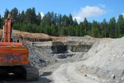 В Фаленском районе незаконно добывали полезные ископаемые