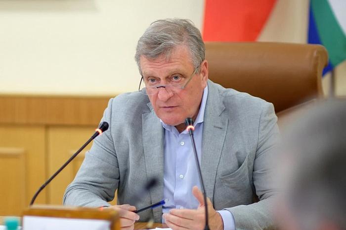 Полный курс вакцинации от COVID-19 прошли 107 тысяч жителей Кировской области.