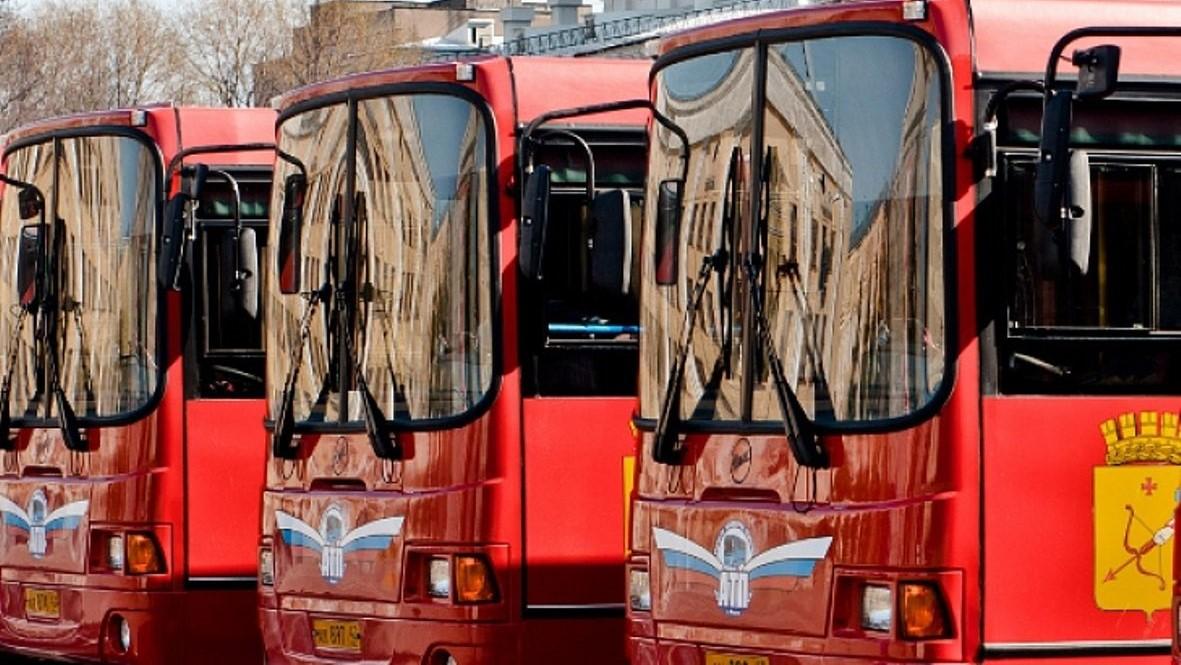 В Кирове в Троицкую субботу будут организованы автобусы к местам захоронений