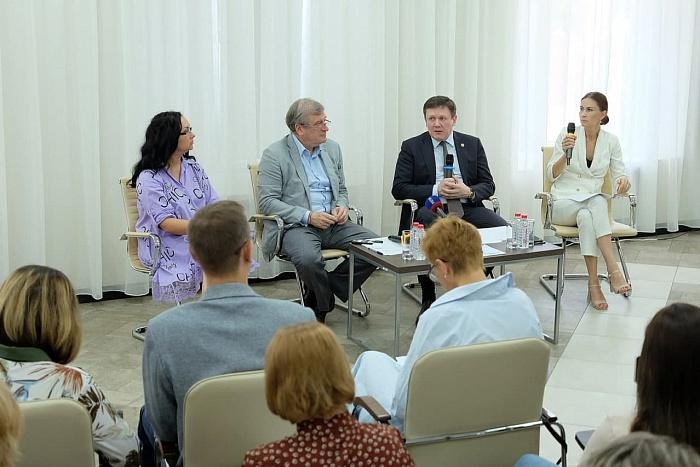 Игорь Васильев рассказал о планах по капитальному ремонту школ